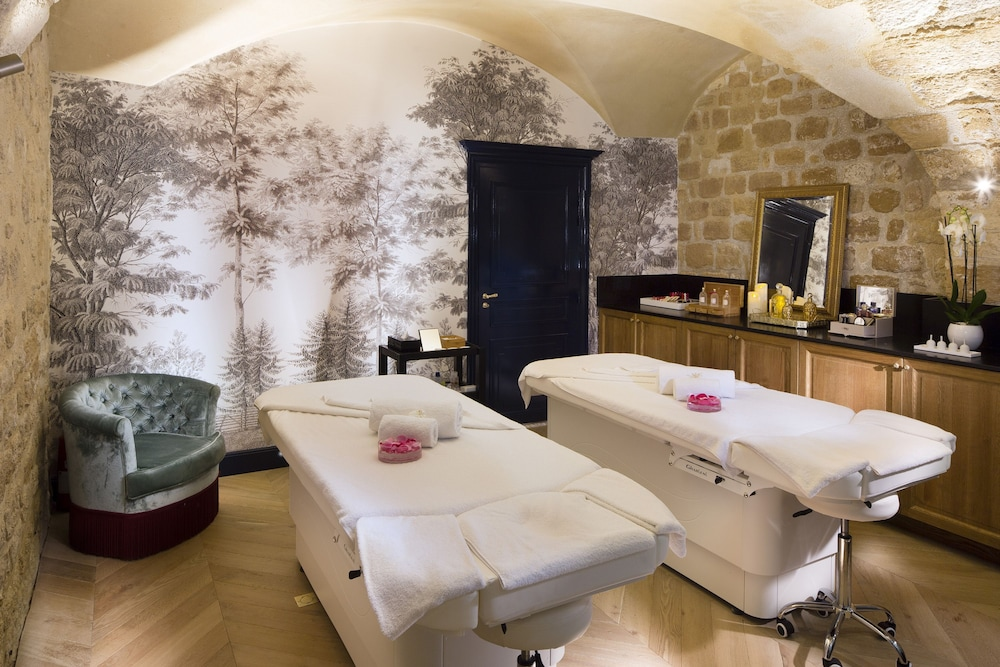 Treatment Room, Relais Christine