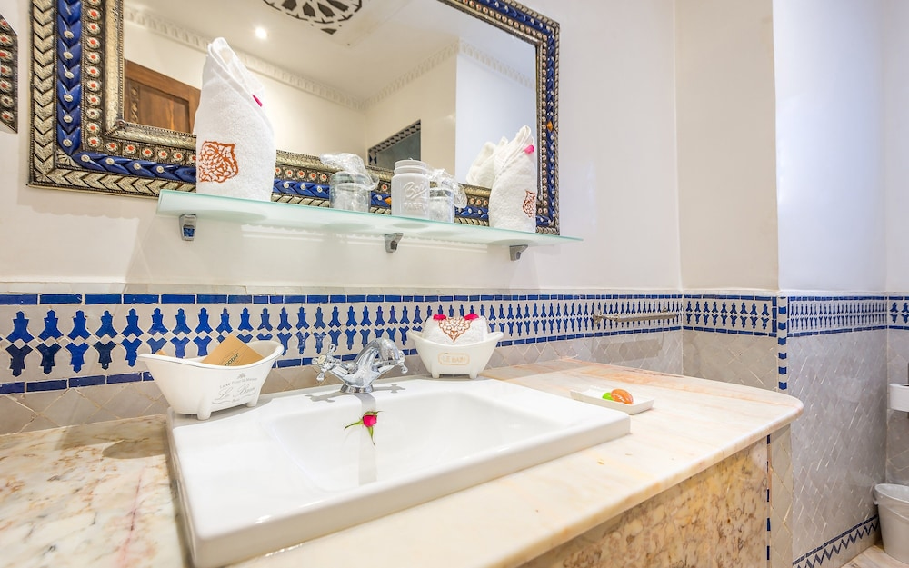 Bathroom Sink, Hotel & Ryad Art Place Marrakech