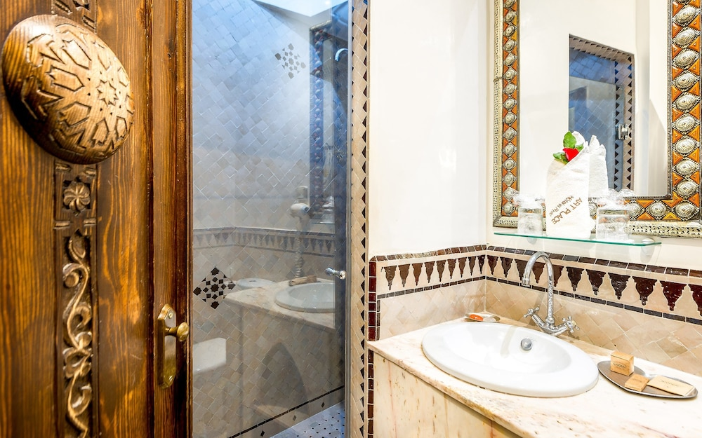 Bathroom, Hotel & Ryad Art Place Marrakech