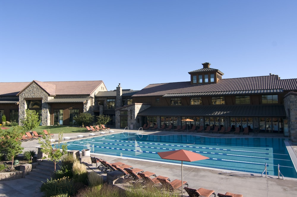The Lodge At Flying Horse 2017 Room Prices Deals Reviews Expedia