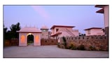 The Sher Garh Resort - Sawai Madhopur Hotels