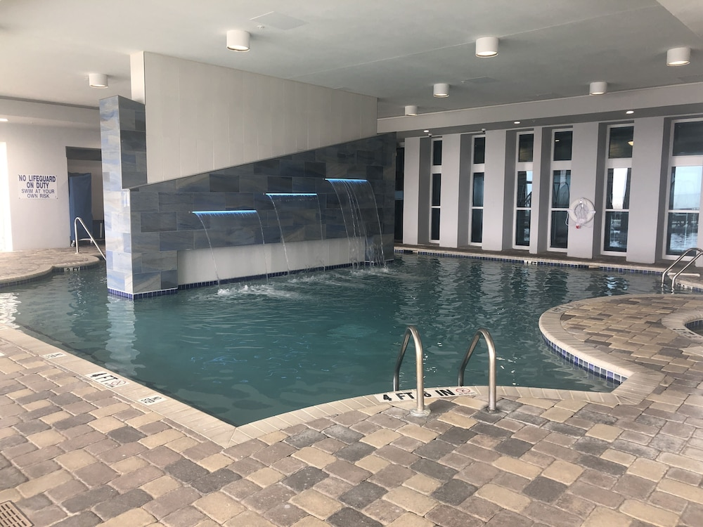 Indoor Pool, Oceans One Resort