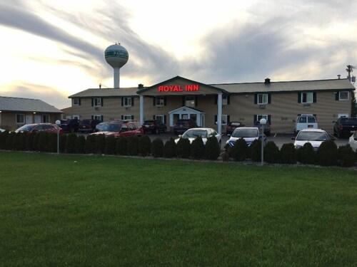 Check Expedia for Availability of Royal Inn Motel