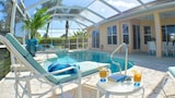 Top Florida Vacation Villas - Cape Coral Hotels