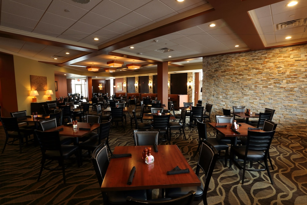 Restaurant, Holiday Inn Morgantown - University Area
