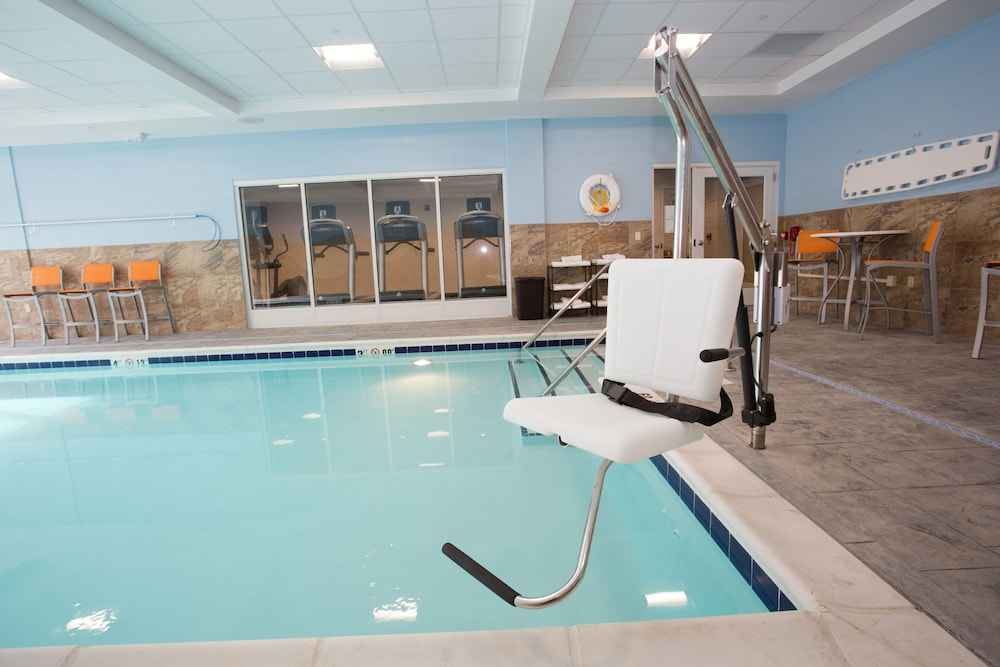 Indoor Pool, Holiday Inn Morgantown - University Area