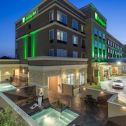 Holiday Inn San Marcos-Convention CTR Area