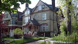 Manderley Bed and Breakfast - Milwaukee Hotels