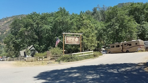Indian Flat RV Park - Tent Cabins & Cottages
