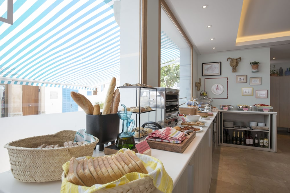 Breakfast buffet, La Goleta Hotel de Mar - Adults Only