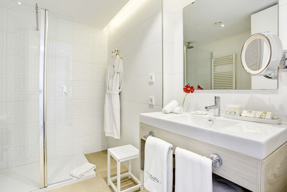 Bathroom, La Goleta Hotel de Mar - Adults Only