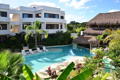 Intima Resort Tulum - Clothing Optional - Adults Only