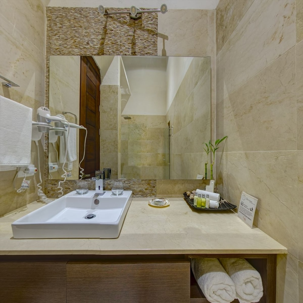 Bathroom, Casa Gastelbondo By Vistamarina - Adults Only