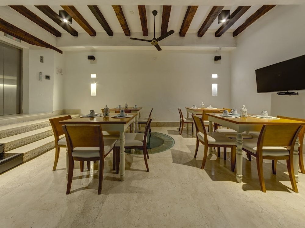 Restaurant, Casa Gastelbondo By Vistamarina - Adults Only