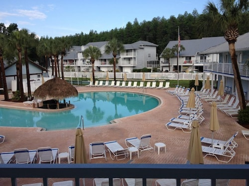 Paradise Lakes Resort, Clothing Optional Resort - Adult Only