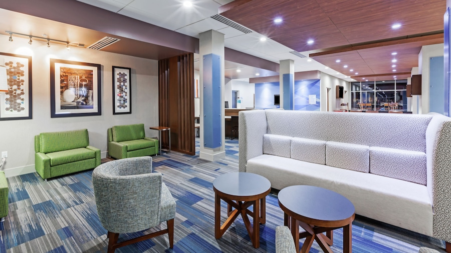 Holiday Inn Express & Suites Tulsa West - Sand Springs, an IHG Hotel