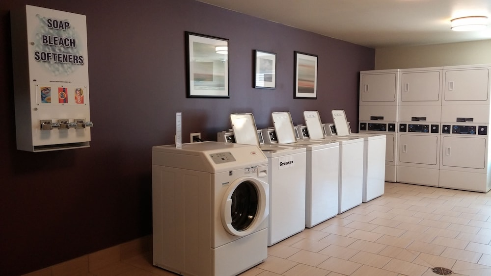 Laundry Room, Ledgestone Hotel Vernal
