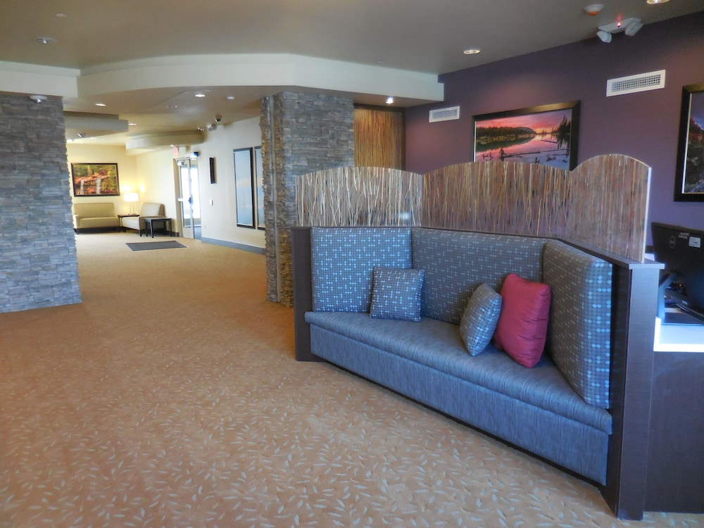 Reception, Ledgestone Hotel Vernal