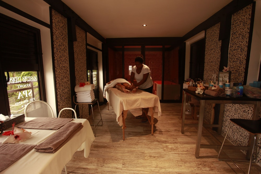 Massage, The Crow's Nest Resort