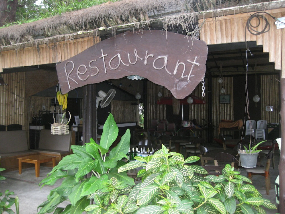 Restaurant, J2B Beach Bungalows