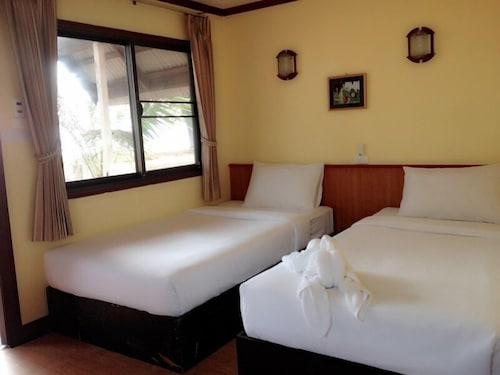 Room, J2B Beach Bungalows