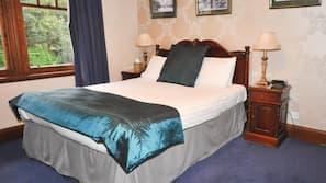 Individually decorated, iron/ironing board, free WiFi