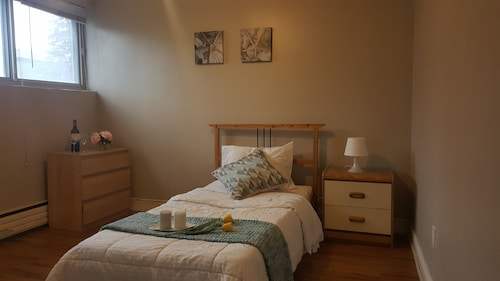 Check Expedia for Availability of Kashaneh Hostel - 25 Greenbriar