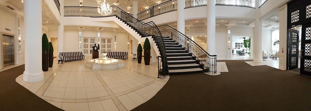 Kashaneh Hotel Toronto