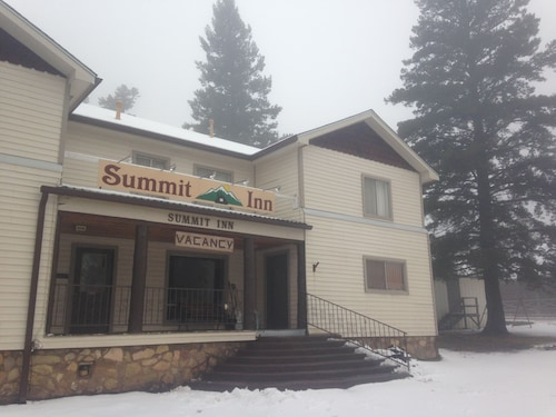 Great Place to stay Summit Inn near Cloudcroft