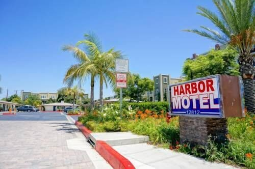 Great Place to stay Harbor Motel near Garden Grove