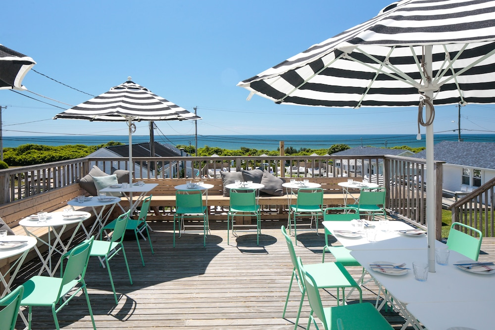 Cafe, Breakers Montauk
