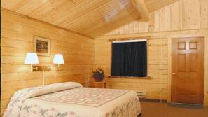 Premium bedding, desk, free rollaway beds
