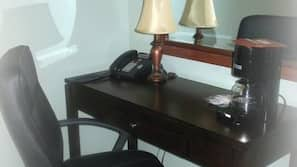 Desk, rollaway beds, free WiFi