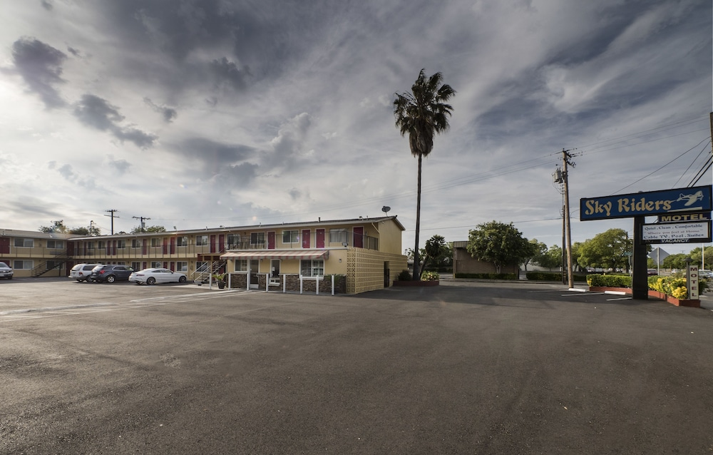 Front of Property, Sky Riders Motel
