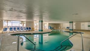 2 indoor pools, 3 outdoor pools