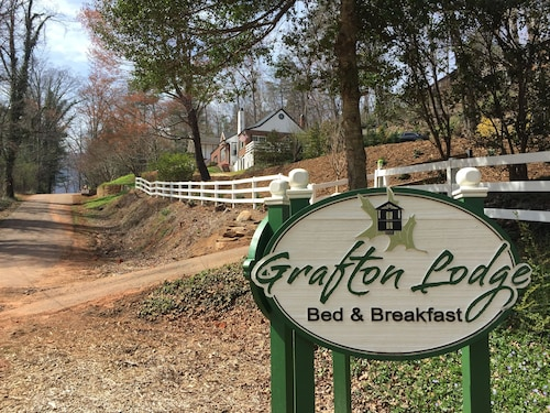 The Grafton Lodge