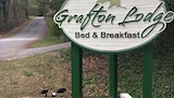 The Grafton Lodge - Lake Lure Hotels