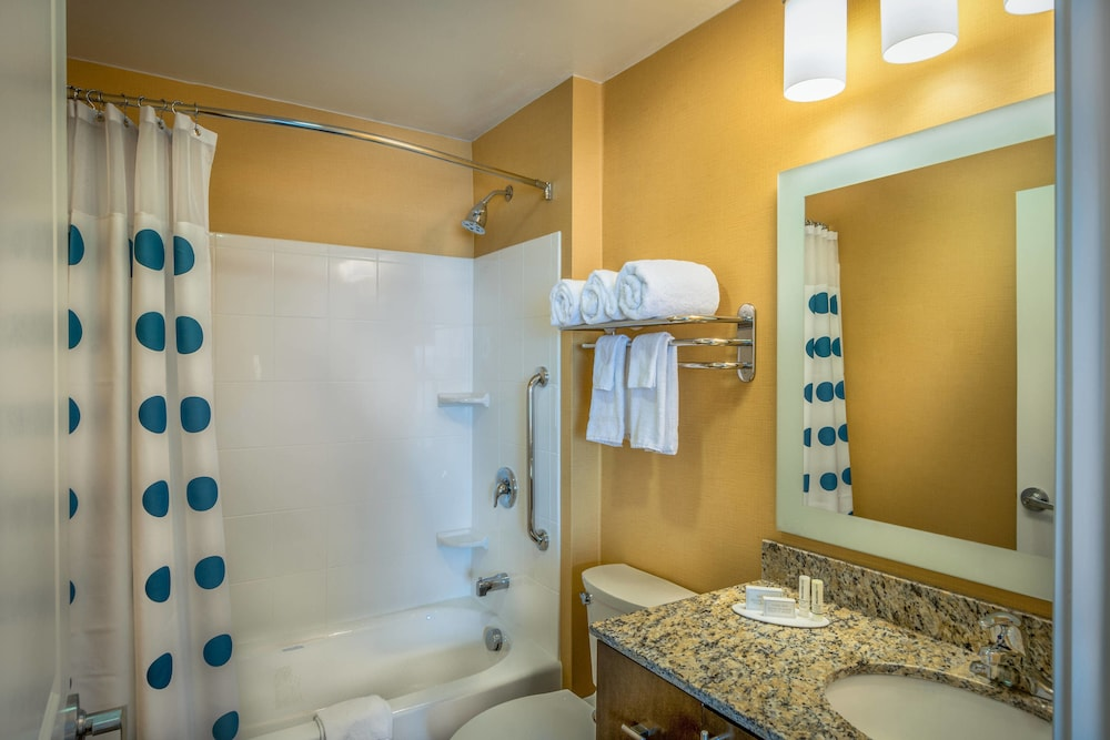 Bathroom, TownePlace Suites Goldsboro