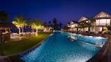Sri Sharavi Beach Villas & Spa - Kamburugamuwa Hotels