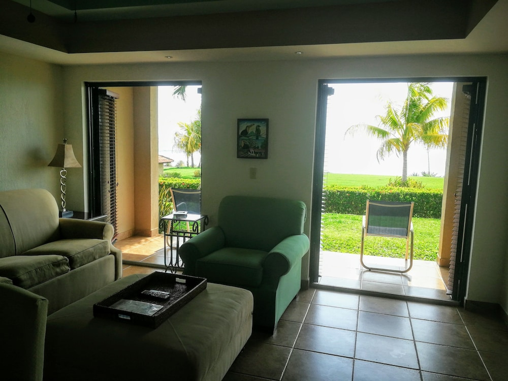 Living Room, Gran Pacifica Beach and Golf Resort Condominiums
