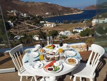 Sapsila, Patmos 855 00, Greece.