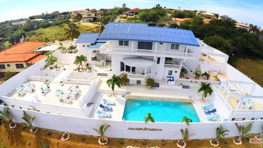 Champartments Villa & Apartments Cristal