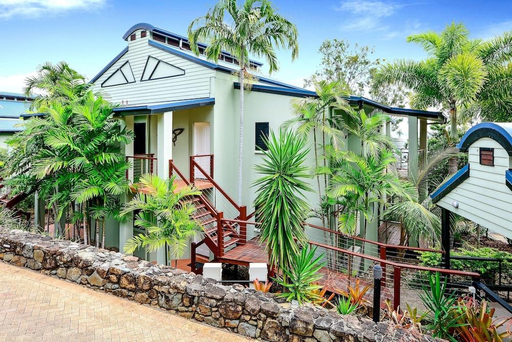 Hamilton Island Holiday Homes In Whitsunday Islands