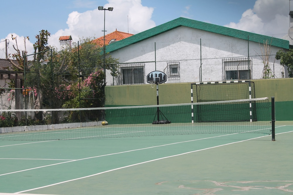 Tennis Court, Manawa Camp Holidays