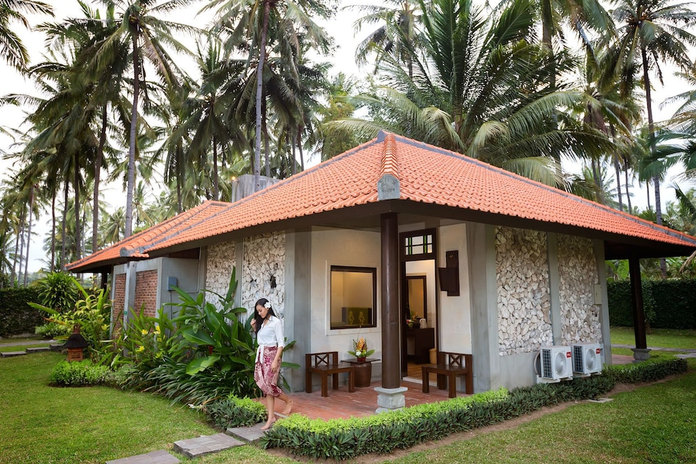 Ketapang Indah Hotel - Reviews, Photos & Rates - ebookers com