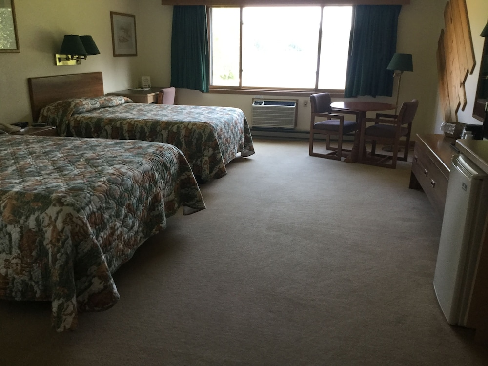 Room, Great Northern Motel