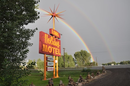 Long Holiday Motel