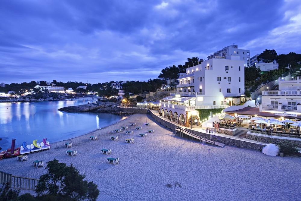 Grupotel Ibiza Beach Resort S Only 3 5 Van 0