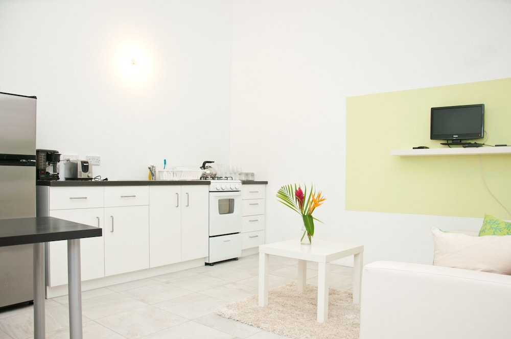 Private Kitchen, Grenada Gold Apartments