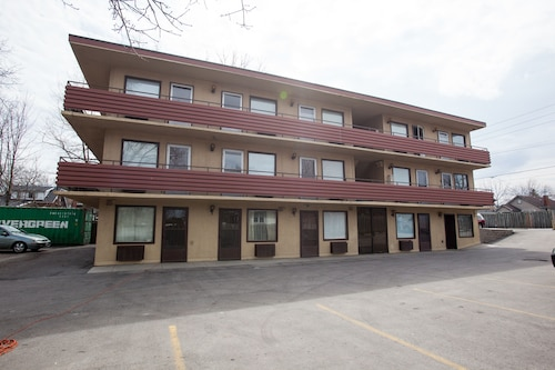 Wharncliffe Suites Motel